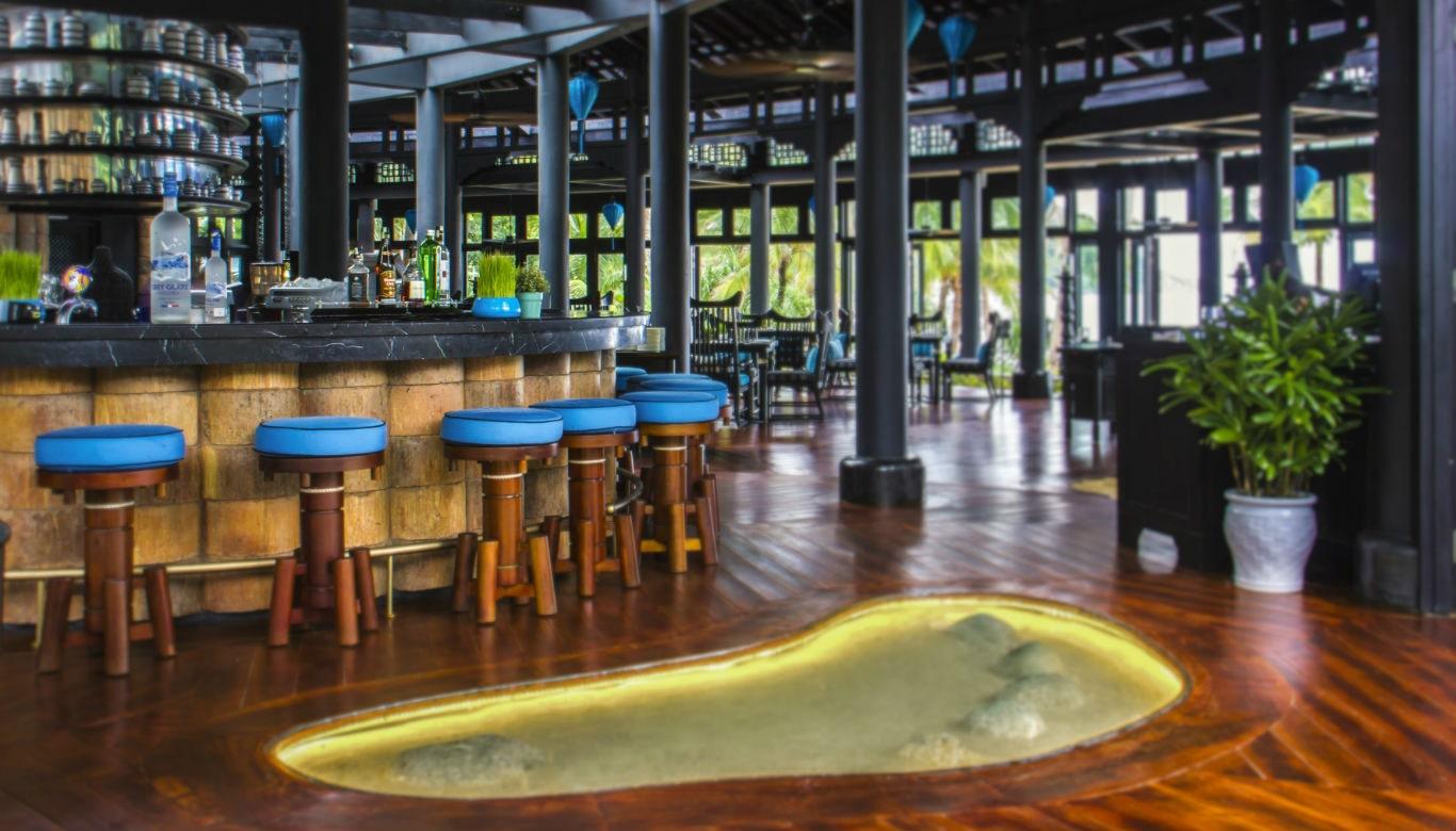 Sự thiết kế độc đáo của nhà hàng Barefoot Intercontinental Đà Nẵng