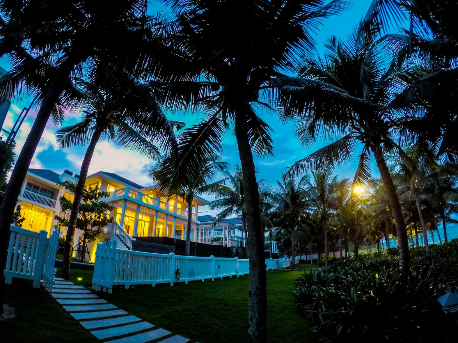 Biệt thự trước biển tại Premier Resort Đà Nẵng