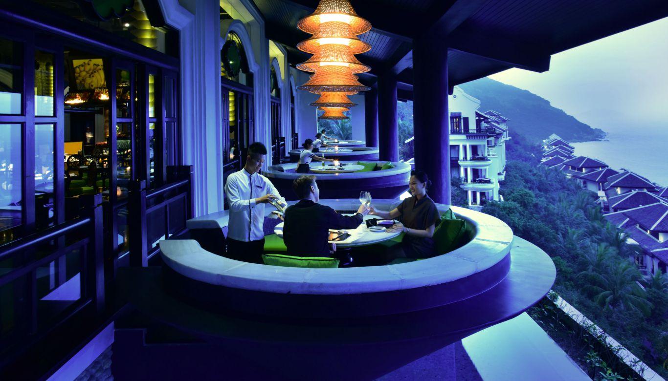 Ẩm thực lên tiếng với sự đẳng cấp của Intercontinental Đà Nẵng