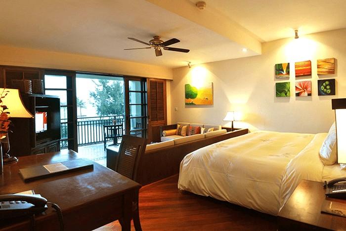 Phòng Studio Suite hướng biển của Furama Đà Nẵng