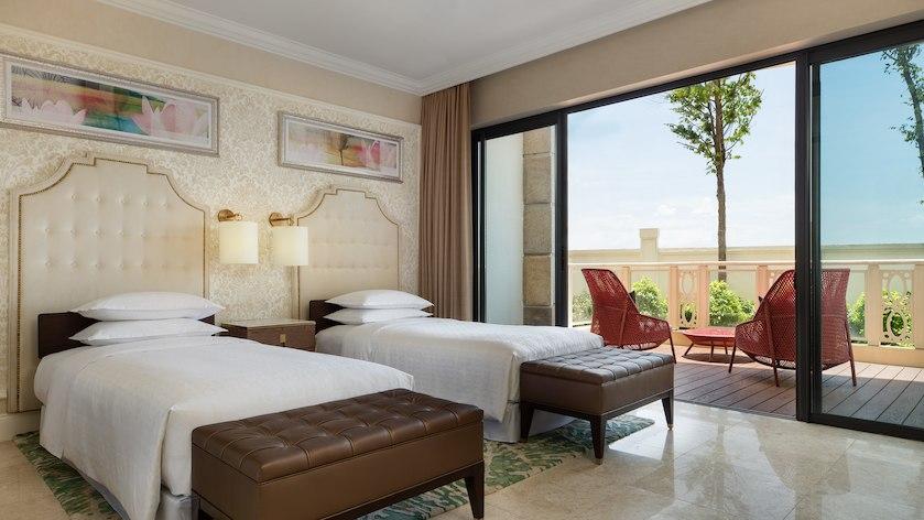 Phòng Suite gia đình tại Sheraton Resort Đà Nẵng