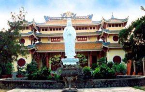 Nét cổ kính tại chùa Phổ Đà