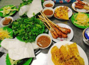 Thưởng thức bánh xèo - nem lụi nổi tiếng tại Đà Nẵng