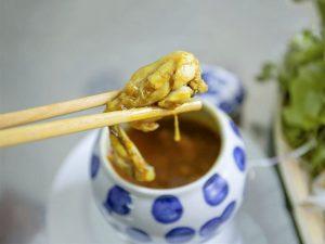 Thưởng thức vị ếch béo ngậy và đậm đà tại Bếp Trang