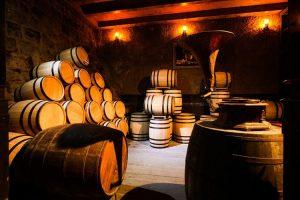 Hầm rượu cổ DePay tại Bà Nà