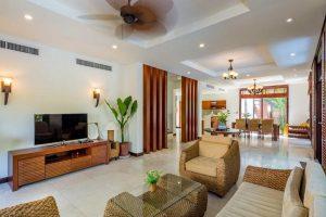 Kiến trúc trong căn phòng Ruby's Villa tại Furama Đà Nẵng
