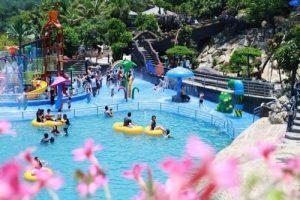 Trải nghiệm tắm suối khoáng nóng Núi Thần Tài