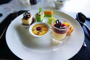 Món tráng miệng dễ thương và ngon miệng ở nhà hàng Citron