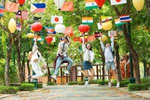 Khu công viên Văn hóa tại Asia Park Đà Nẵng với đặc trưng của nhiều nước cho bạn tham quan, tìm hiểu