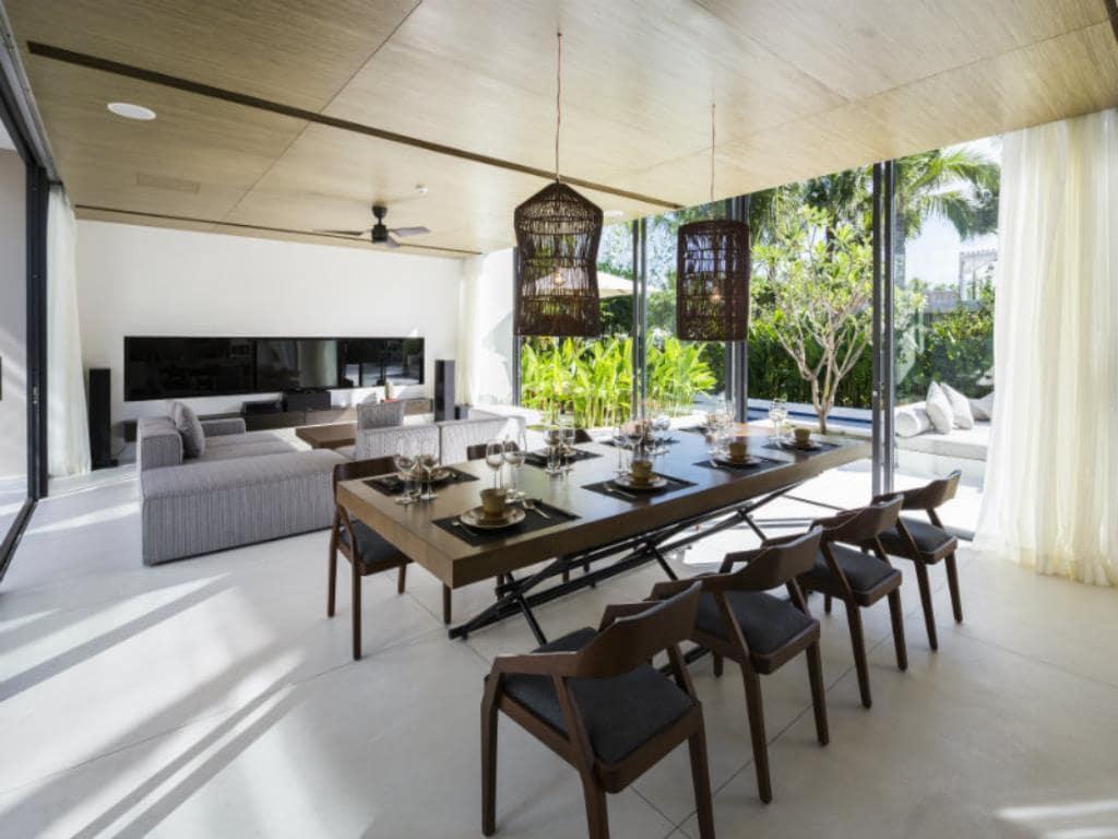 Phòng khách của Villas 3 phòng ngủ Naman Resort Đà Nẵng