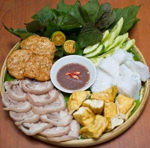 Bún đậu mắm tôm đặc trưng của Hà Nội đang được mọi người yêu thích tại Đà Nẵng