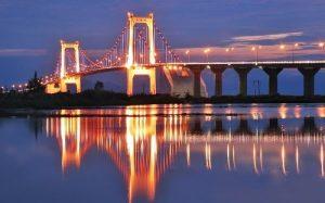 Cây cầu võng dài nhất Việt Nam