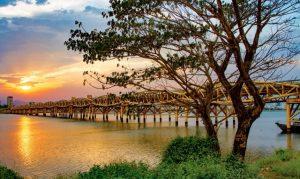 Cầu đi bộ Nguyễn Văn Trổi