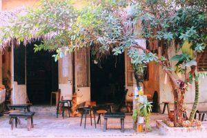 Không gian gần gũi, bình dị của Chân Cafe