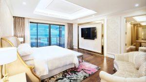Căn phòng Deluxe Bay View tuyệt đẹp dành cho bạn tại Sheraton Đà Nẵng