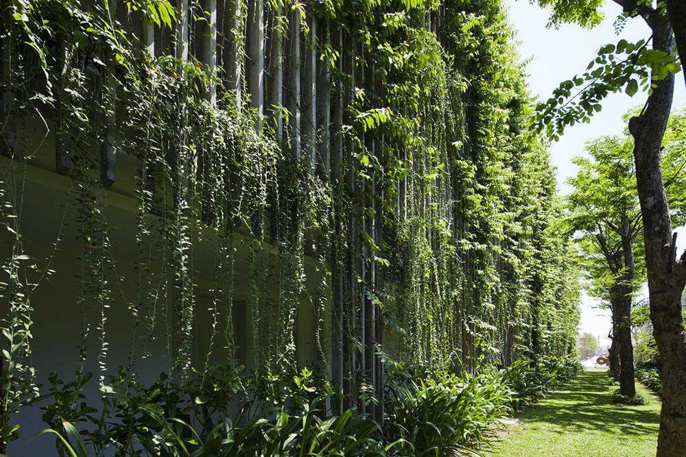 Mỗi căn phòng Babylon Naman Đà Nẵng được bao phủ vởi màu xanh
