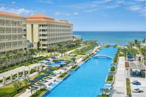 Khu nghỉ dưỡng Sheraton Đà Nẵng mang đẳng cấp quốc tế với hồ bơi vô cực dài 250m