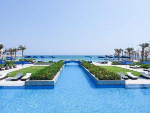 Trung tâm check in của du khách là bể bơi vô cực tại khu nghỉ dưỡng Sheraton Đà Nẵng
