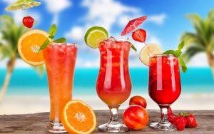 Ly cocktail mát lạnh sẽ giúp mùa hè của bạn tuyệt vời hơn