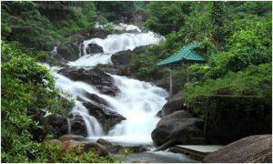 Phong cảnh tuyệt đẹp tại khu du lịch sinh thái Ngầm Đôi Đà Nẵng