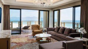 Thiết kế sang trọng, thể hiện đẳng cấp cho du khách khi nghỉ dưỡng tại khách sạn Sheraton Đà Nẵng