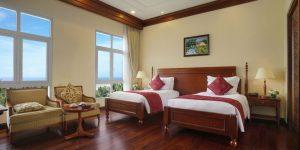 Phòng tại khách sạn vô cùng đầy đủ tiện nghi và sang trọng