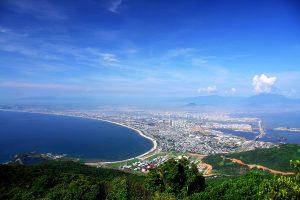 Bờ biển trải dài là ưu thế du lịch biển cho Đà Nẵng