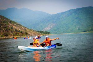 Trải nghiệm chèo thuyền Kayak ngắm cảnh tại Đồng Xanh - Đồng Nghệ Đà Nẵng