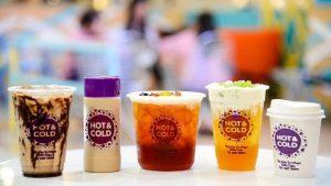 Những ly trà sữa nhiều màu sắc bắt mắt tại Hot & Cold Đà Nẵng