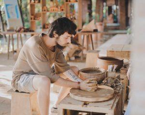 Bạn sẽ được trực tiếp tham gia vào quá trình làm gốm
