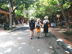 Lên những set đồ dễ thương để du lịch các địa điểm ở Đà Nẵng