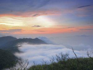 Ngắm cảnh đẹp từ đỉnh Bàn cờ