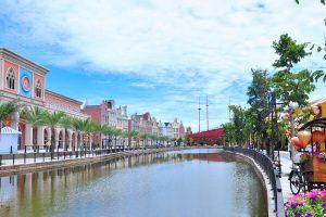 Khu phố Tây nổi tiếng với lối kiến trúc đặc trưng